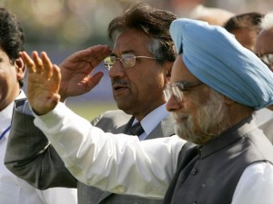 FILES-INDIA-PAKISTAN-MUSHARRAF-SINGH-RESIGN